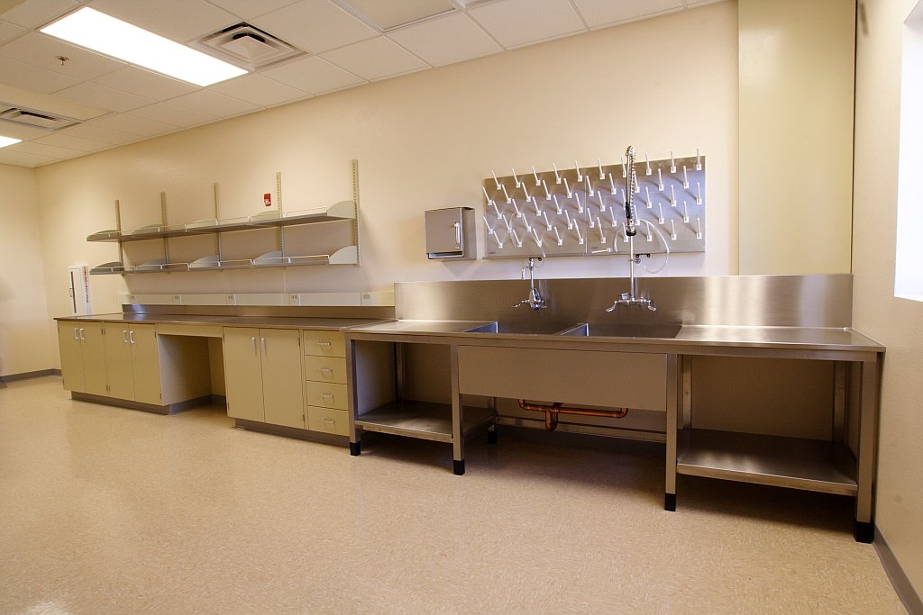 custom stainless steel scullery sink for a laboratory